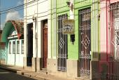 VENDO O PERMUTO CASA CARIDAD EN EL CENTRO DE LA CIUDAD, RENTA EN
